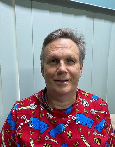 Dr Andrew Maimur